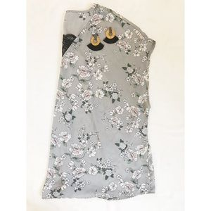 Torrid Top | Short Sleeve Gray Floral Lace Blouse
